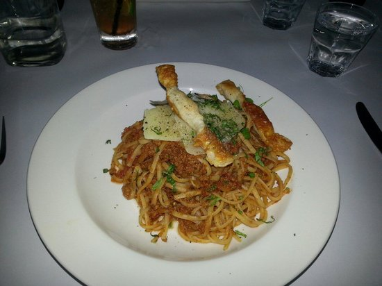 Domanis : linguine bolonagese.