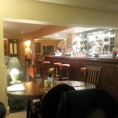 The Kings Arms at Longham: Bar area
