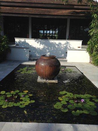 The Nam Hai Hoi An - a GHM hotel: Villa Entry