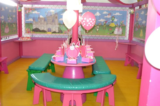 Bugz Family Playpark: Her Party Venue