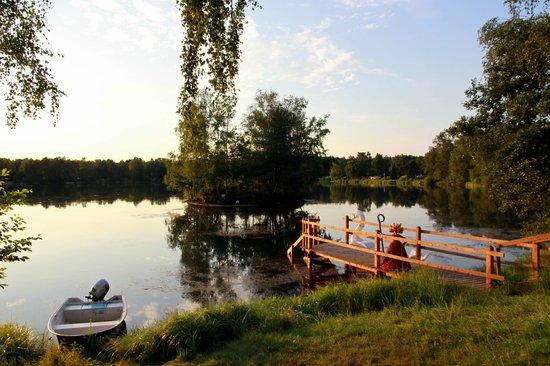 Hotel Am Springhorstsee: Aussicht von der überdachten Seeterasse
