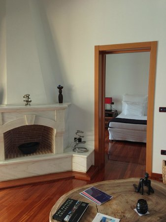 Porto Zante Villas & Spa : Living room and bedroom