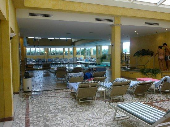 Best Western Hotel Terme Imperial: l'interno della piscina