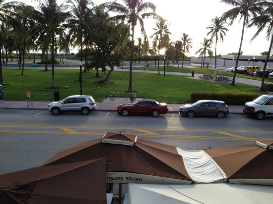Bentley Hotel South Beach: Ocean view suite