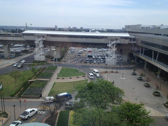 InterContinental Johannesburg OR Tambo Airport: See how close airport is