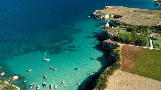 Le Cale d'Otranto Beach Resort : Foto aerea di una delle Calette