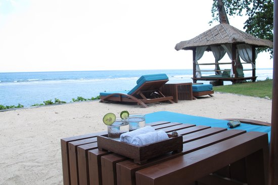 Jeeva Klui Resort: Lig je te luieren, krijg je een glaasje water gebracht.