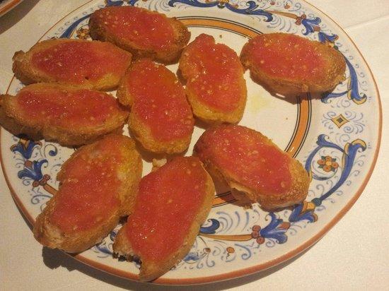 Pelotari: Tomato bread