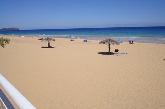 Luamar Hotel Porto Santo: The beach in front