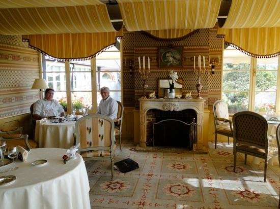 Royal Champagne: o charmoso restaurante