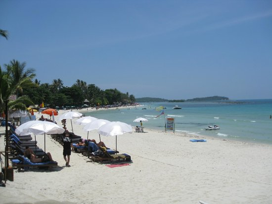 Chaweng Buri Resort: Beach