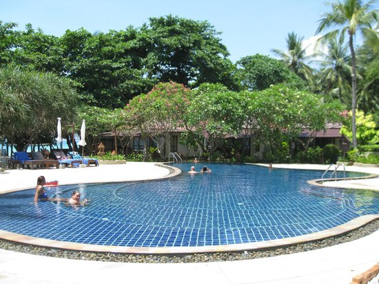 Chaweng Buri Resort: Swimming pool