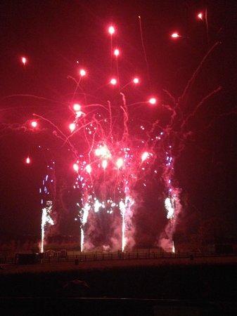 Crealy Adventure Park & Resort: End of season fireworks