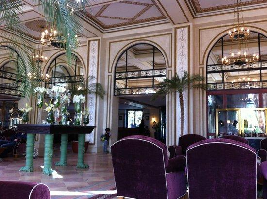 Hôtel Barrière L'Hermitage La Baule : Hall