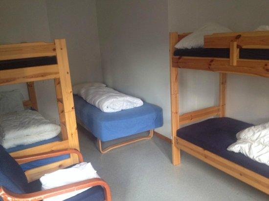 Anker Hostel : Habitación con capacidad para 8 personas