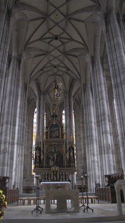 Old Town : kilise içinden