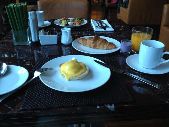 Renaissance Bangkok Ratchaprasong Hotel: 朝食