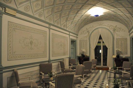 Grand Hotel Excelsior Vittoria: i salottini