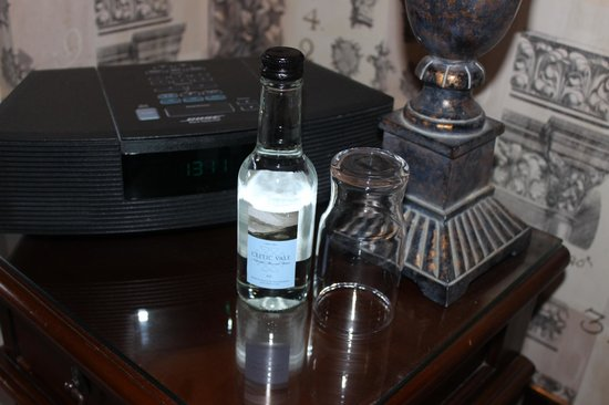 Castle Hotel : Complimentary water