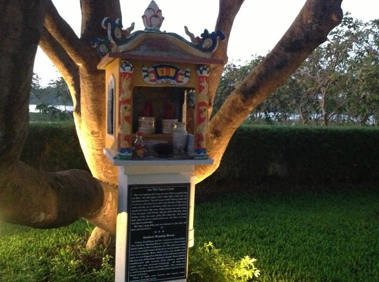 La Residence Hue Hotel & Spa: Shrine for good wishes on the hotel ground