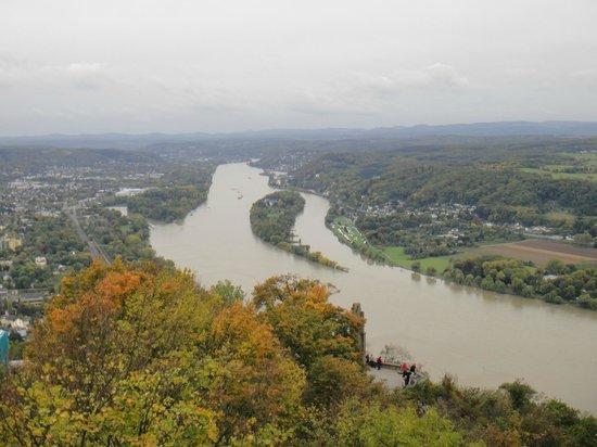 Drachenfels: Вид на Рейн