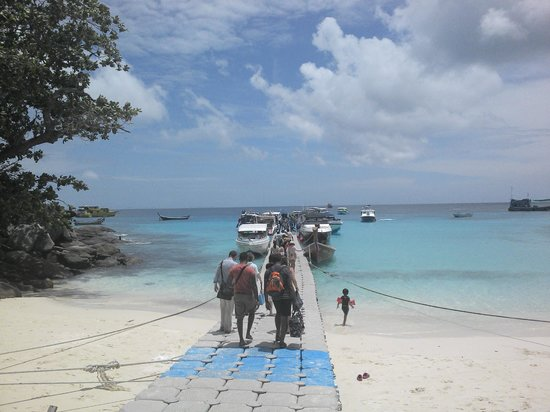 The Racha: back to the boat... sadly