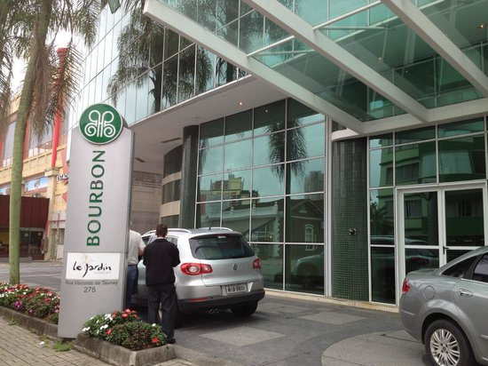 Bourbon Joinville Business Hotel: Entrada principal