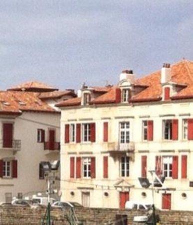 Maison de l'Infante Joanoenia: Nearby