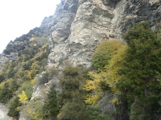 Mount Iron: Durante a descida