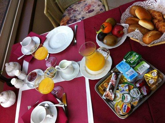 Hotel Villa Gracia : Une partie du petit-déjeuner