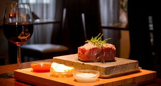 The Mint Leaf: steak on stone