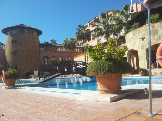 Gran Hotel Elba Estepona & Thalasso Spa: de la piscine