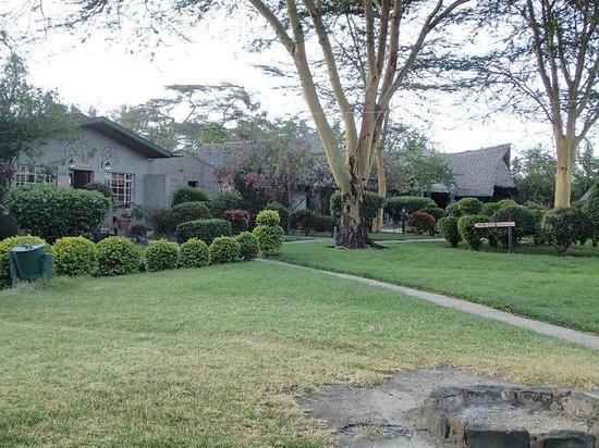 Lake Naivasha Resort : Brick houses