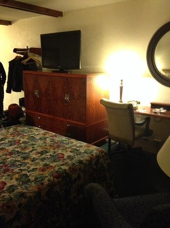 Fireside Inn & Suites, Bangor, Maine.