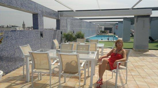 NH Sevilla Plaza de Armas: Roof garden