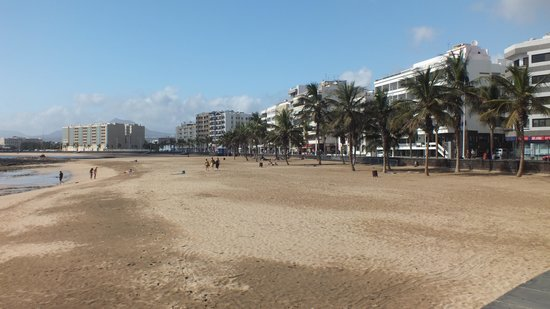 Hipotels La Geria: The beach opposite the hotel along the road on the left.