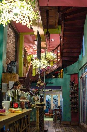 Bliss Cafe Restaurant: Interior