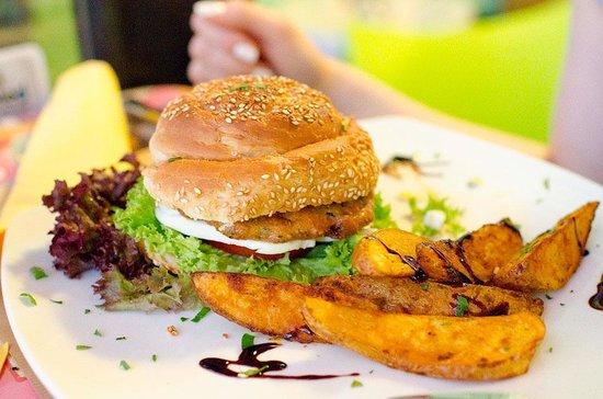 Bliss Cafe Restaurant: Burgers