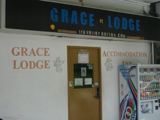 Grace Lodge : Outside
