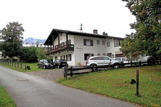 Gäestehaus Alpenglüeck