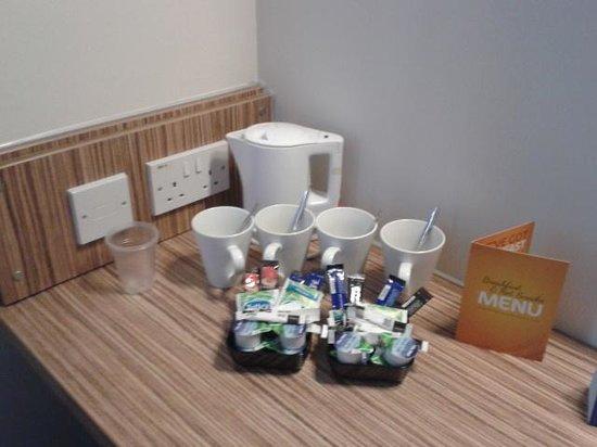 Travelodge Merthyr Tydfil: Beverages refilled daily