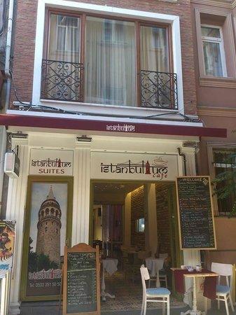 Istanbul'um Suites : Istanbulum Suites & Istanbulum Cafe