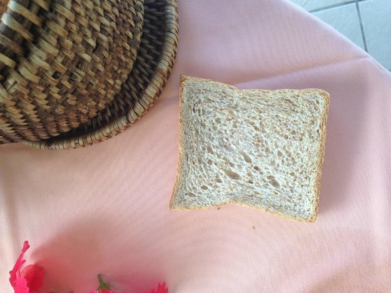 Banyan Tree Seychelles: My breakfast toast- not toasted at all!