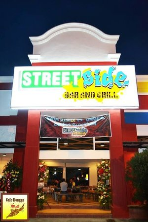 Streetside Bar and Grill