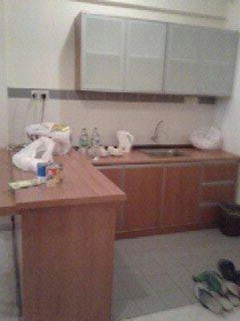 Bayu Beach Resort Port Dickson: Kitchen