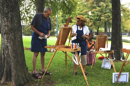 Paint Dat New Orleans: Painting encouragement in the park