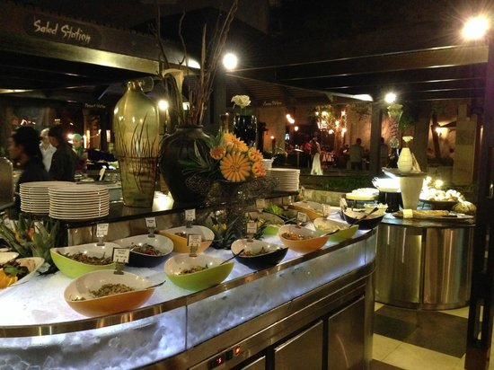 Meridien Village Terrace: Asian night