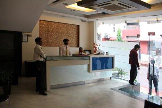 Hotel Saar Inn : Recepção