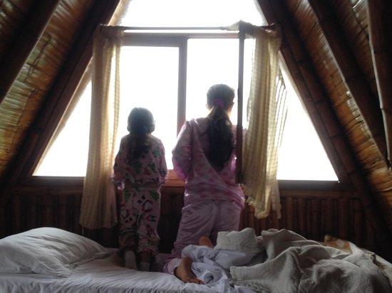 Samai Ocean View Lodge Spa: ventana de la habitacion