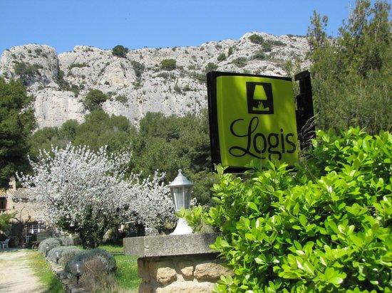 Logis Domaine de Roquerousse : Logis
